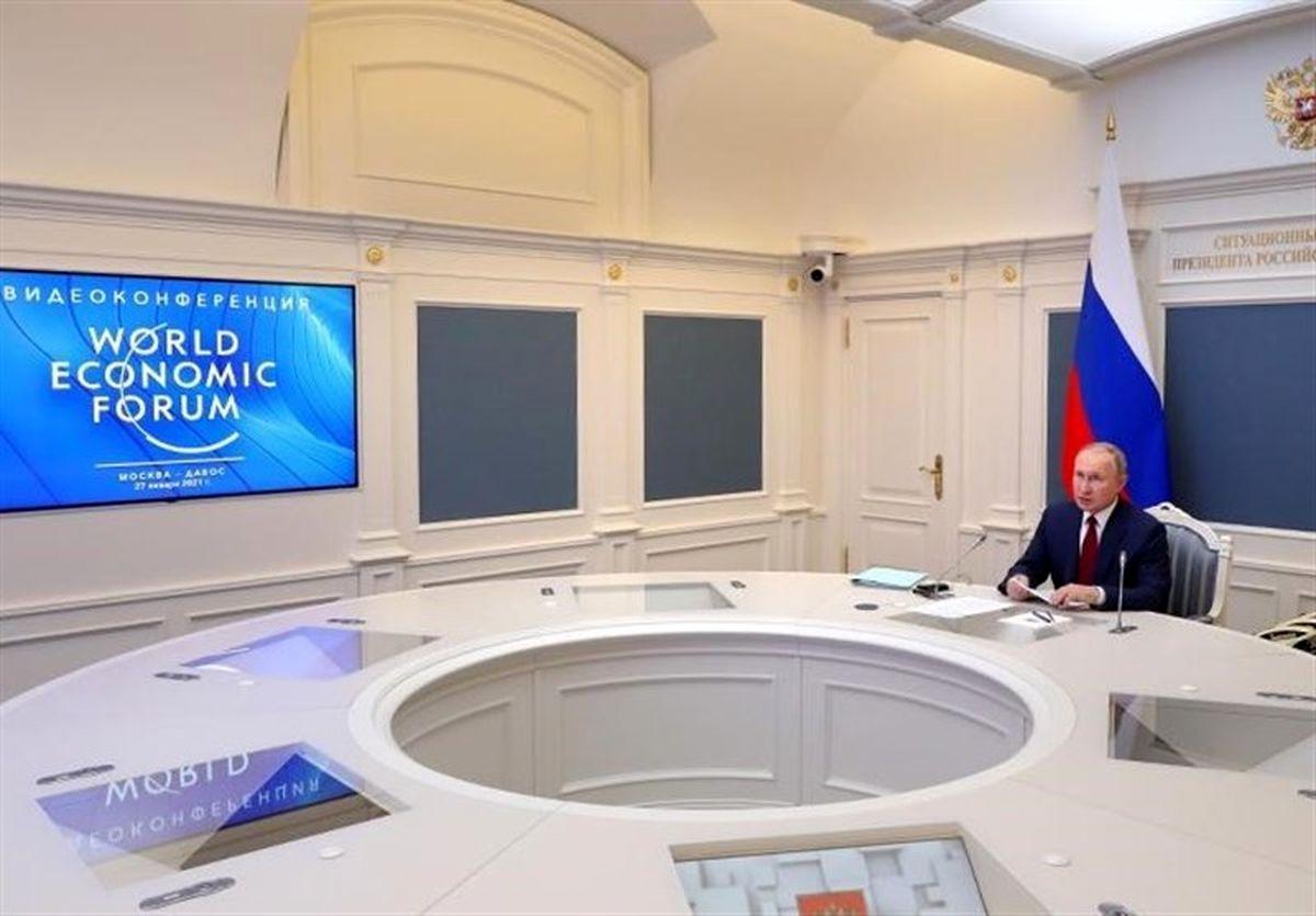 پوتین: استفاده از تحریمهای غیرقانونی بازی خطرناکی است