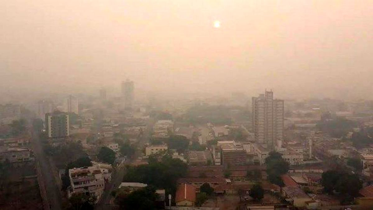 مرز آلودگی تهران از قرمز فراتر رفت