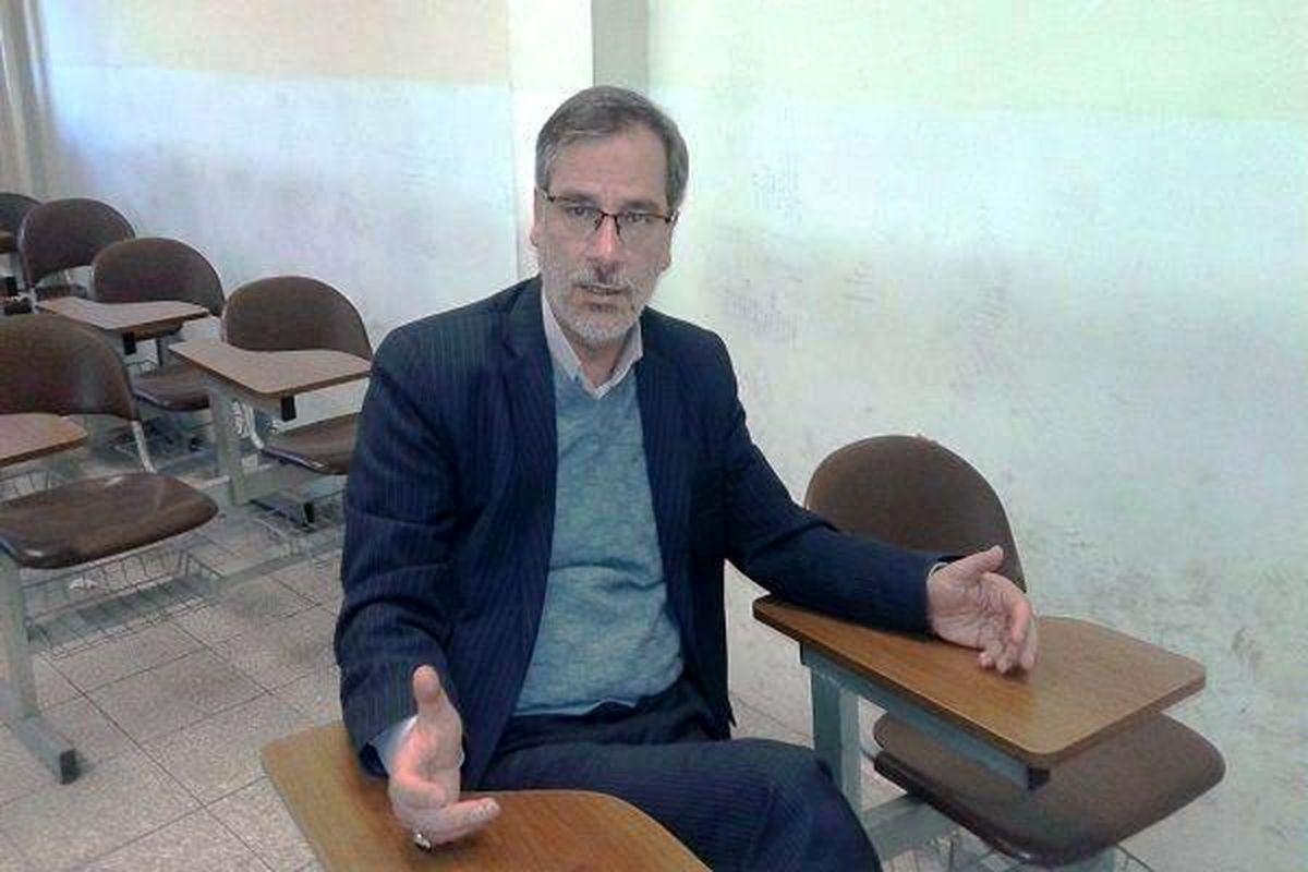 رونق تورمی اشتباه است، به سمتش نروید!/ آقای روحانی! فرمان قطار را به سمت غرب نچرخانید