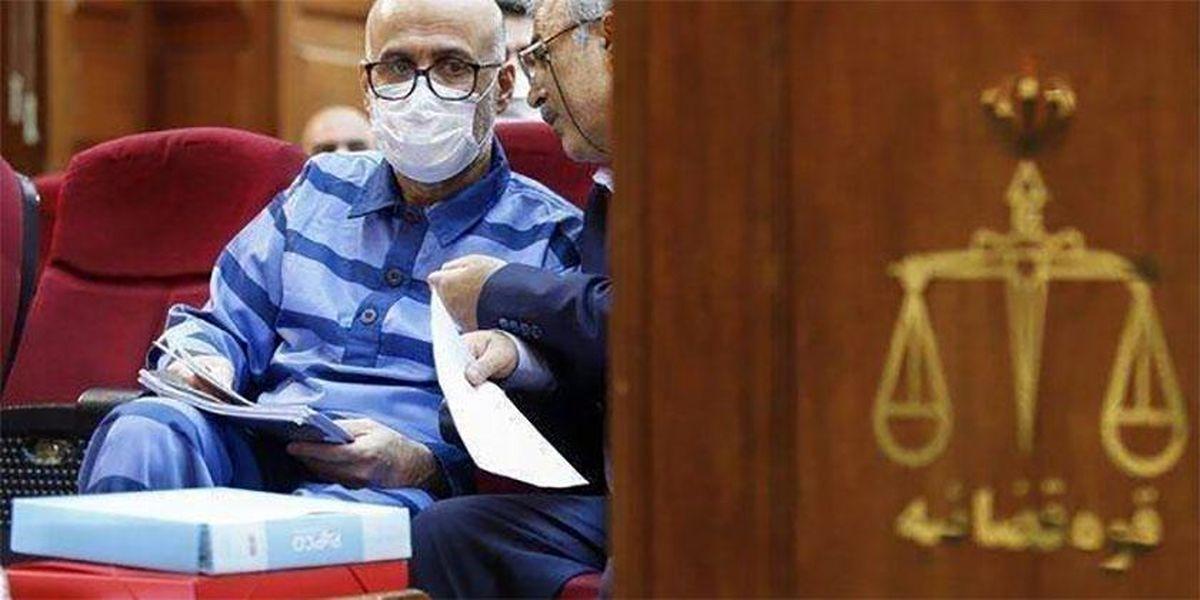 دادگاه اکبر طبری و سئوالاتی از جناب آملی و اژه ای