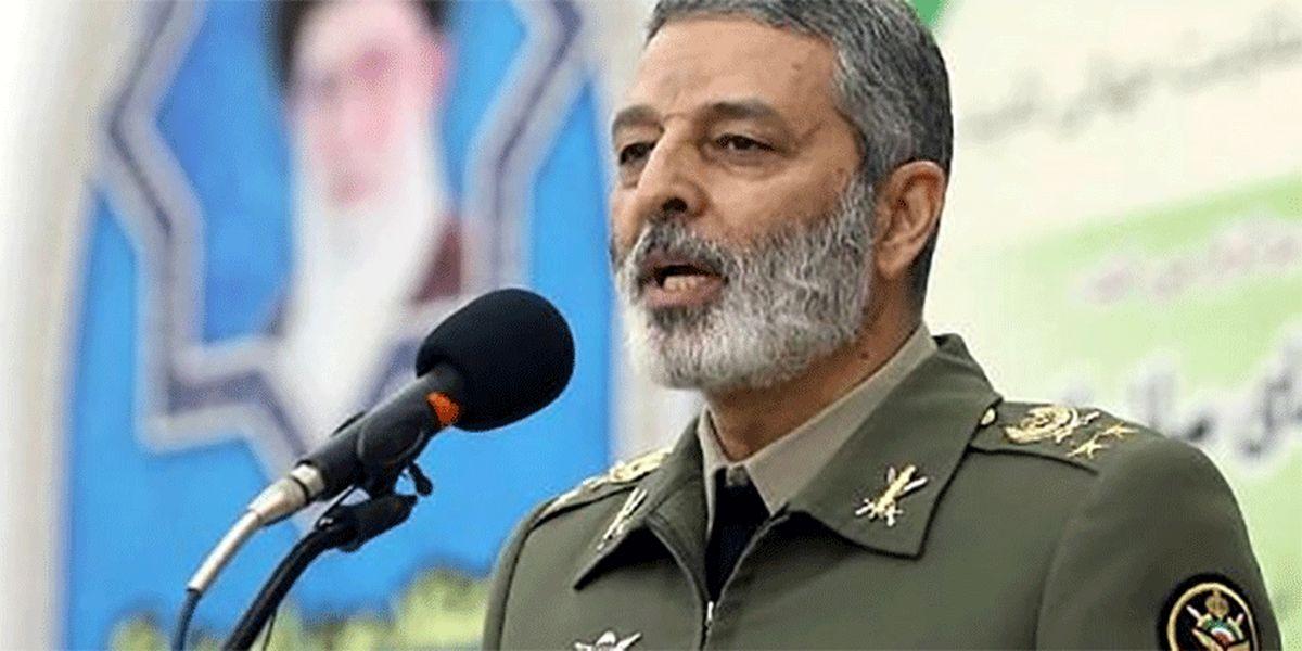 سرلشکر موسوی: نظر لطف فرمانده کل قوا به ارتش افتخارآمیز است