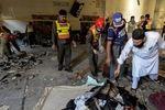 انفجار مهیب در مسجدی در پیشاور پاکستان