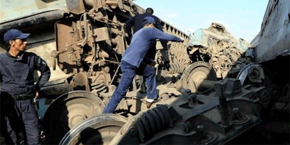 برخورد قطار مسافربری و باری در قزوین
