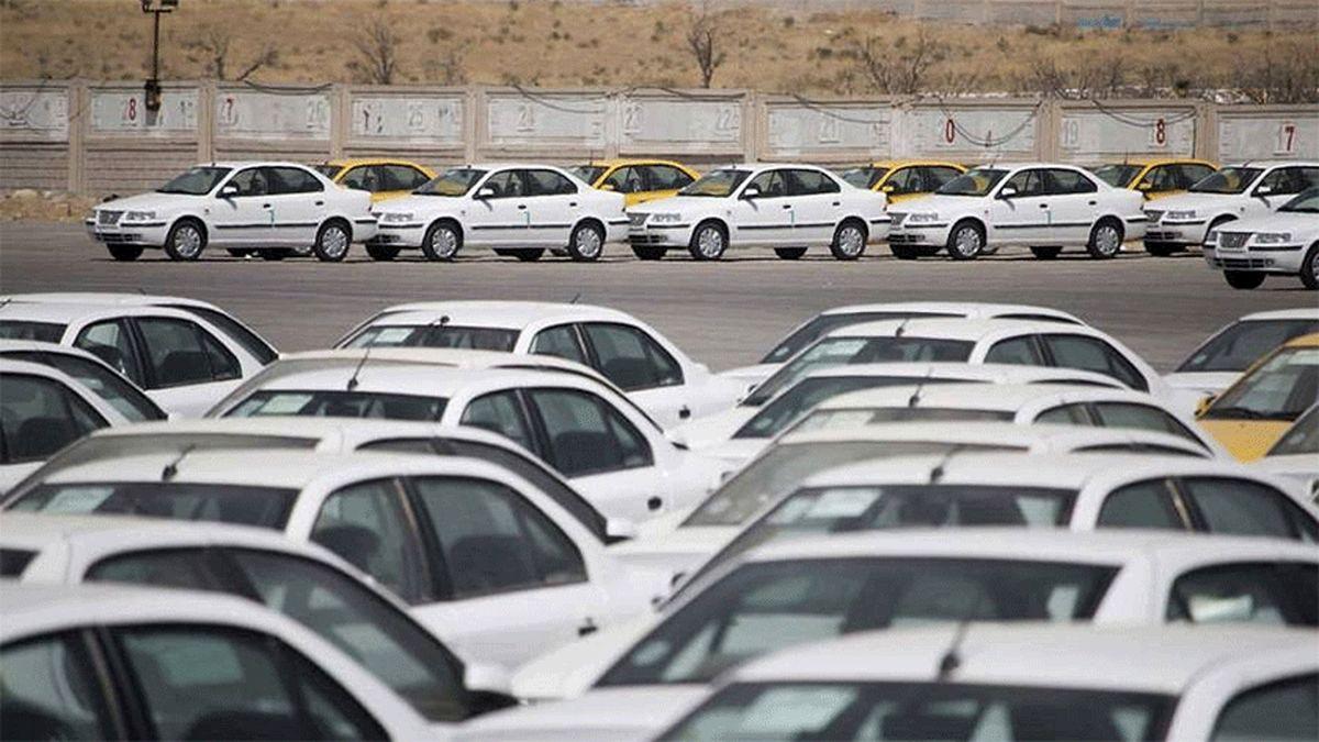 تخت گاز خودروسازان روی اعصاب مردم ...