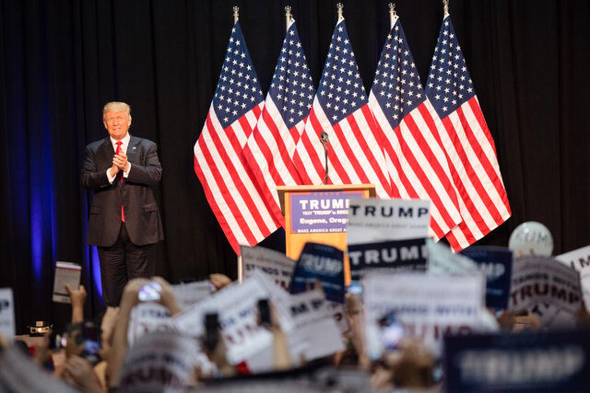 ترامپ از حزب جمهوریخواه خواست از نامش برای کسب درآمد استفاده نکند