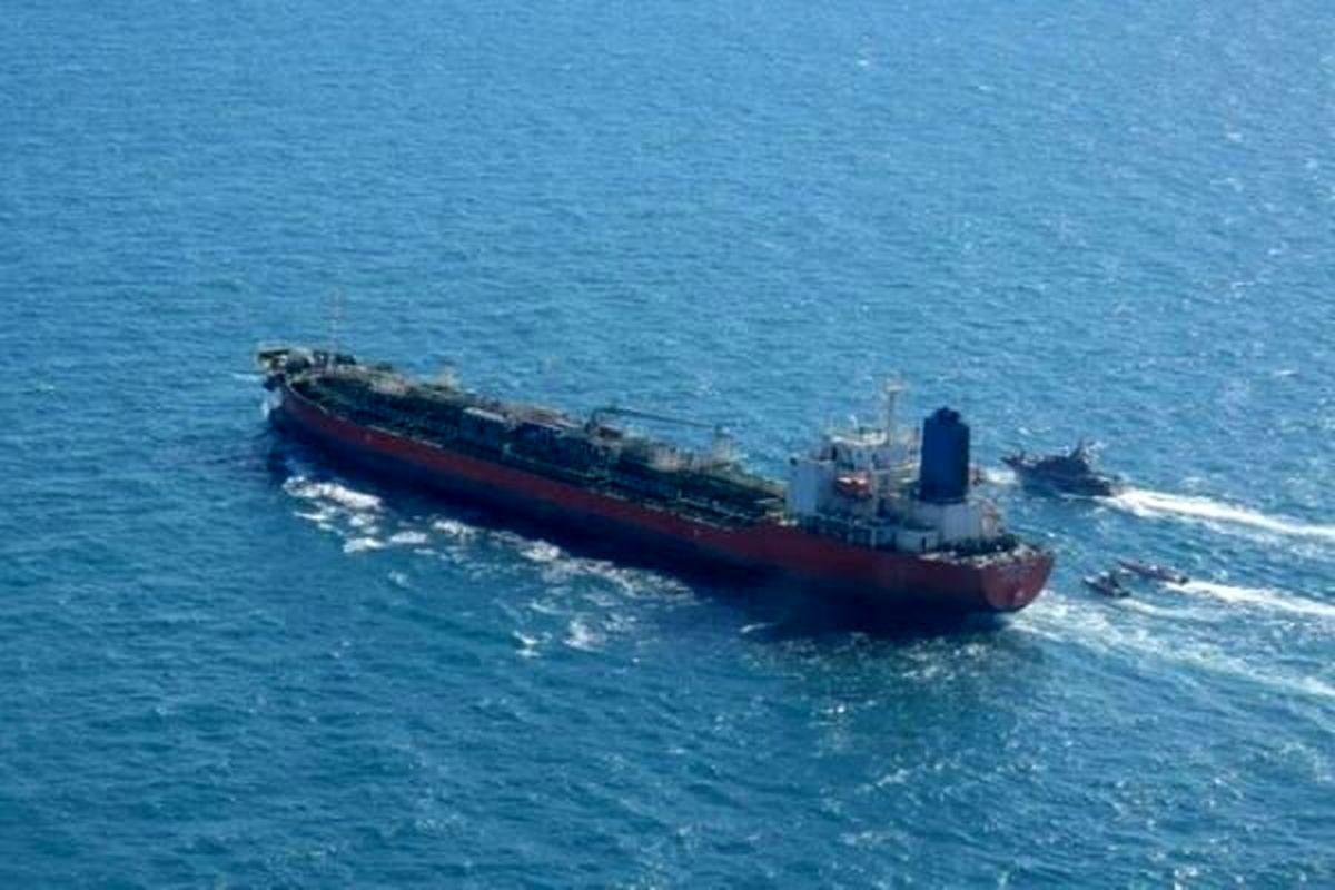 فروش یک میلیون بشکه نفت به چین