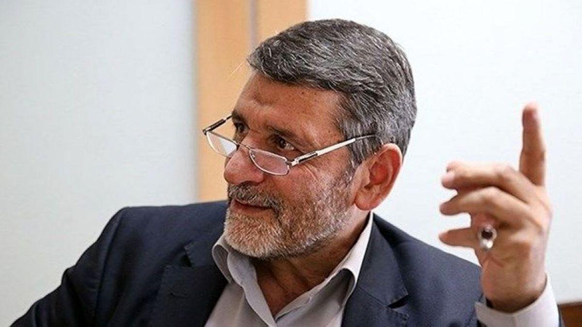 صفار هرندی: انقلاب اسلامی در قالب چپ و راست نمیگنجد