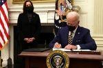 سی ان ان: بایدن فرمانی اجرایی را در زمینه پذیرش مهاجر امضا میکند